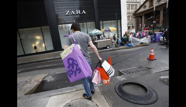 Crece 8% el gasto navideño en EEUU