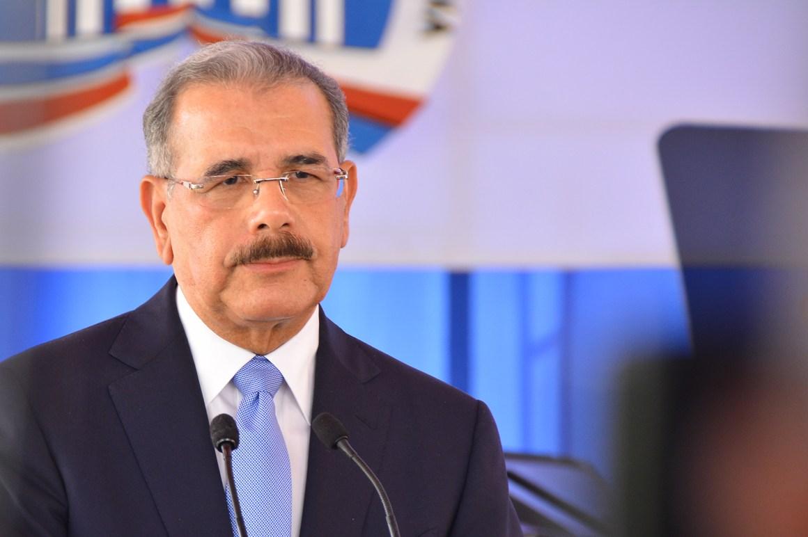 Hoy se transmite el primer debate presidencial dominicano televisado