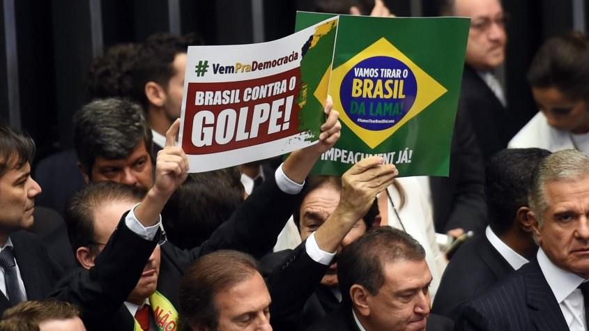 Principal aliado de Rousseff admite derrota