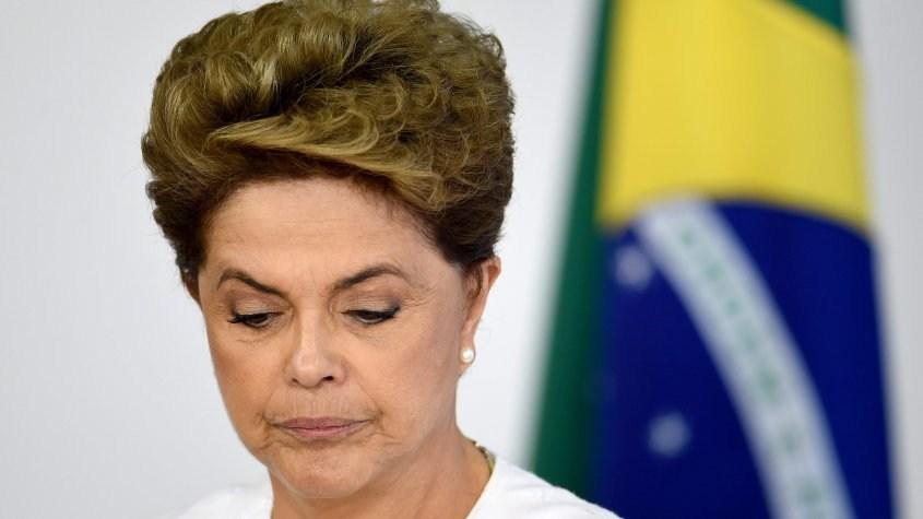 Grupo a favor de juicio a Rousseff lidera votación en Brasil