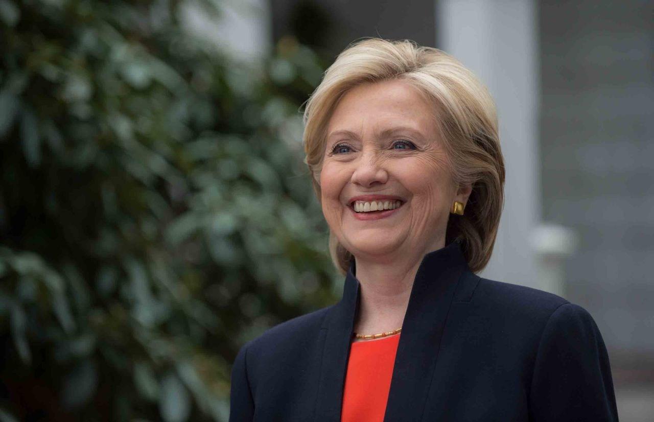 Hillary Clinton rechaza un último debate con Bernie Sanders en California