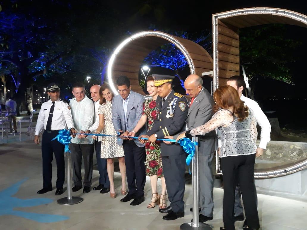 (Video): Collado inaugura fase final de remozamiento del Malecón Santo Domingo