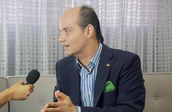 """El """"murito"""" que pretende construir Danilo es solo para recaudar fondos para la reelección, afirma Ramfis Domínguez Trujillo"""