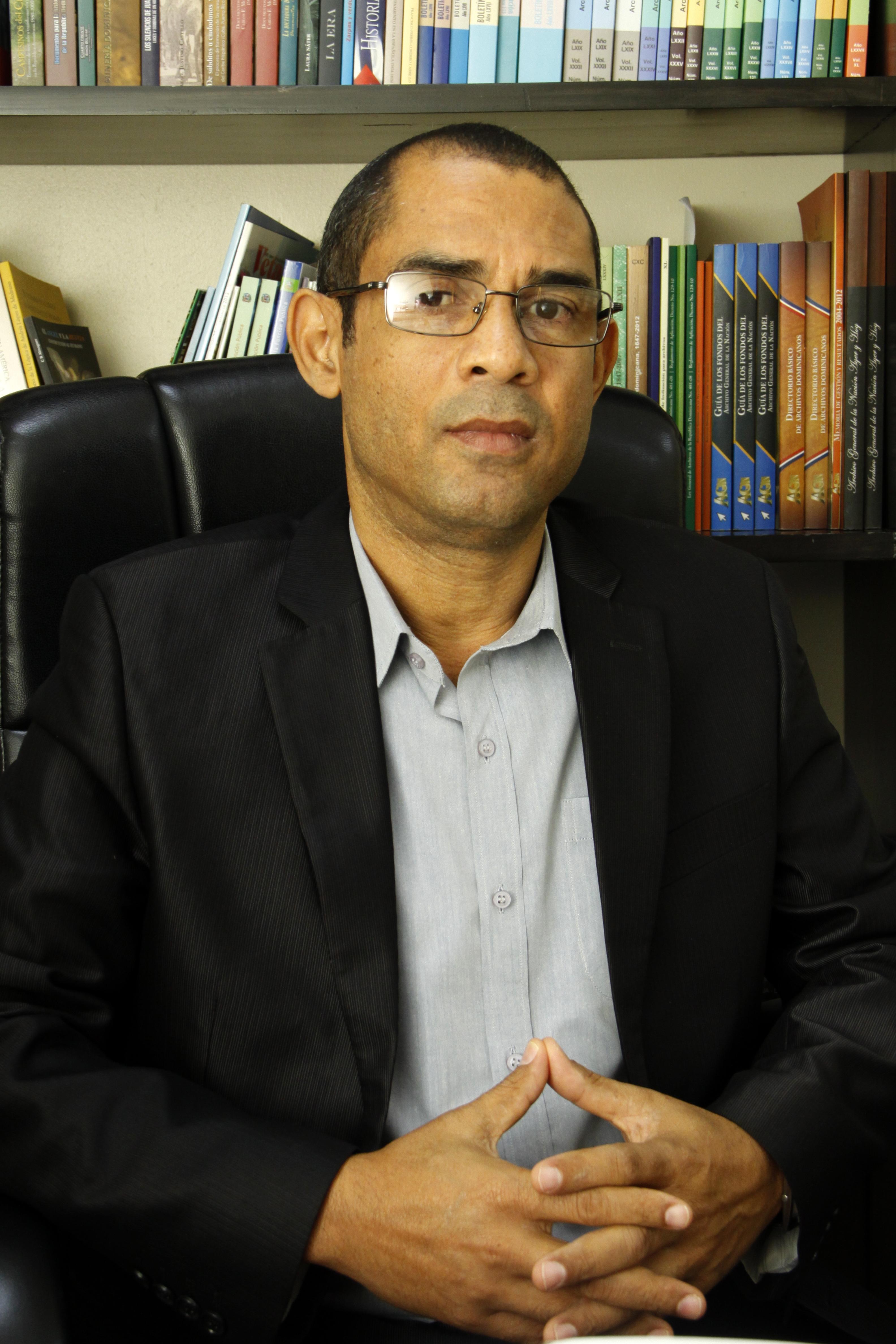 Designan nuevo subdirector del Archivo General de la Nación