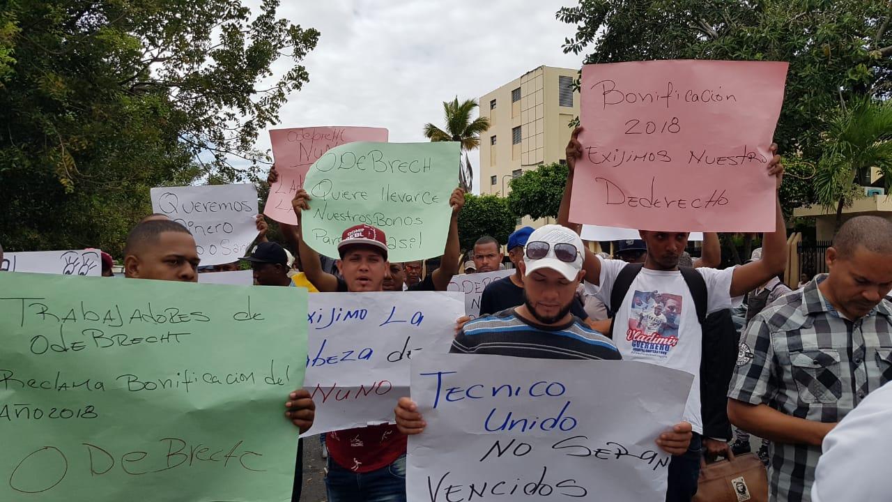 Trabajadores de Punta Catalina vuelven a paralizar labores, rechazan acuerdo del sindicato