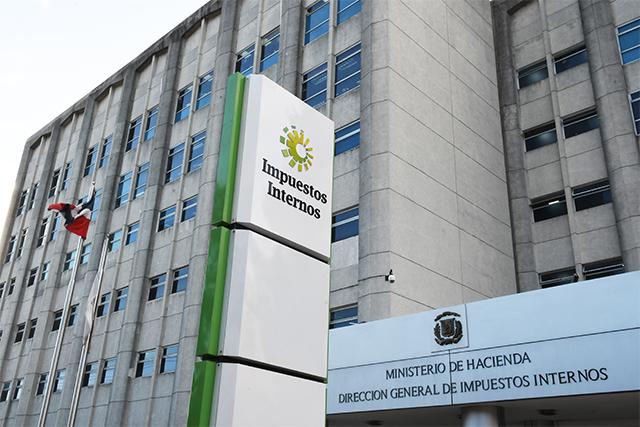 DGII dispone investigación sobre comportamiento tributario de empresas en Puerto Plata