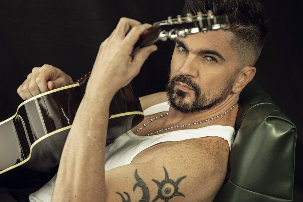 Juanes artista confirmado en los premios HEAT 4ª Edición