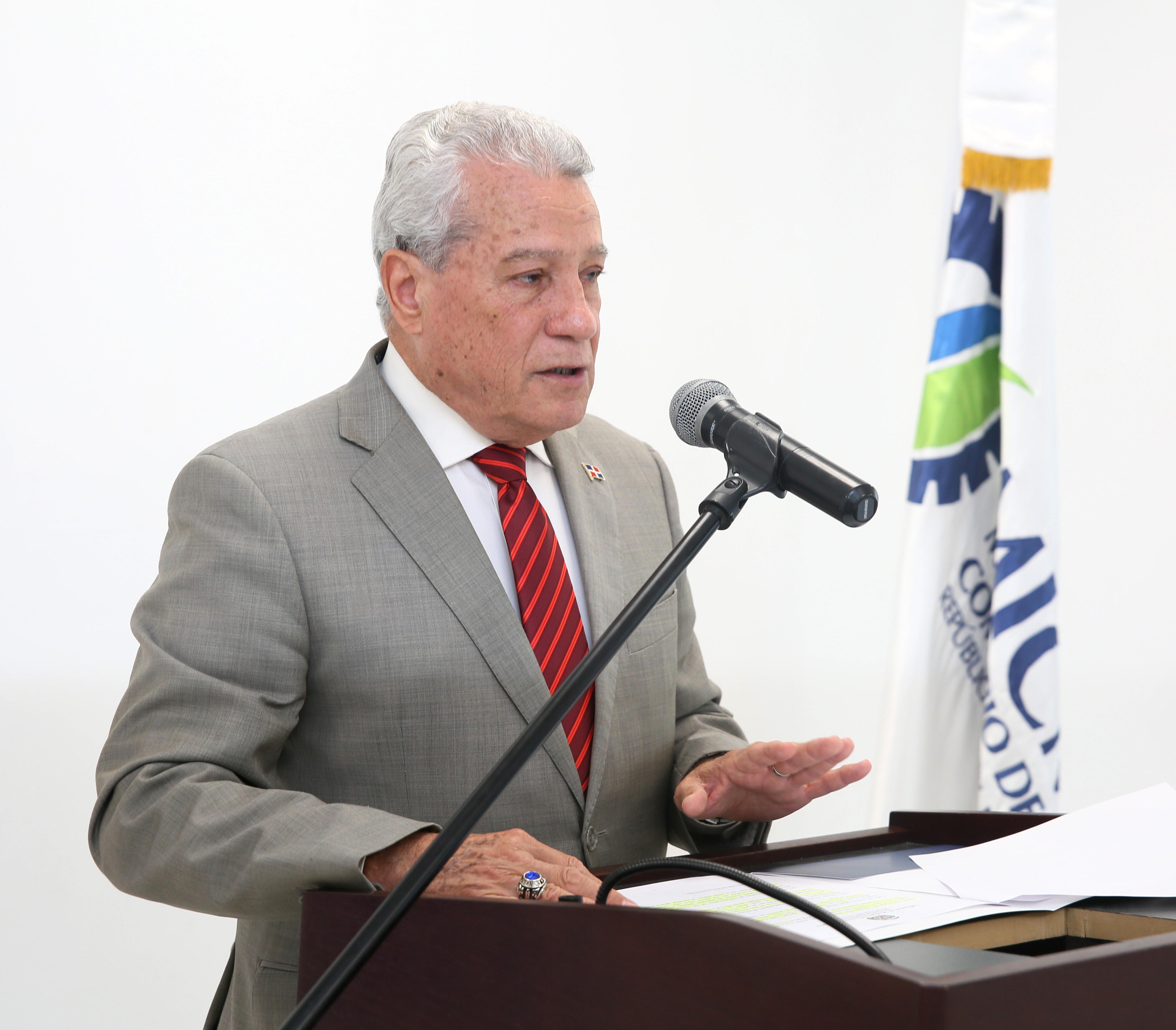 MICM solicita al procurador investigar denuncias de ANADEGAS y FENATRANO sobre supuesta mafia en venta de combustible