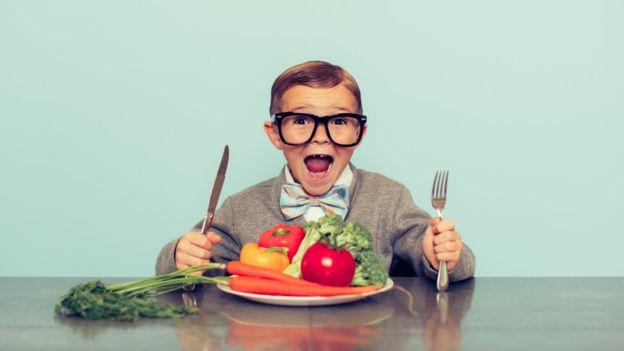 Cuáles son los riesgos de la dieta vegana para los niños