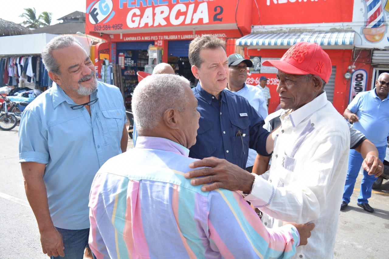 Ito Bisonó y Alfonso Rodríguez recorren  provincias