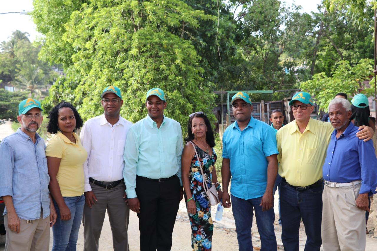 Alianza País presenta de precandidatos de Villa Mella