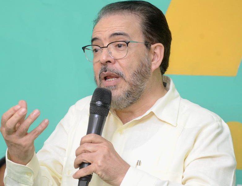 """Guillermo Moreno: """"Evitemos caer en la trampa del PLD"""""""