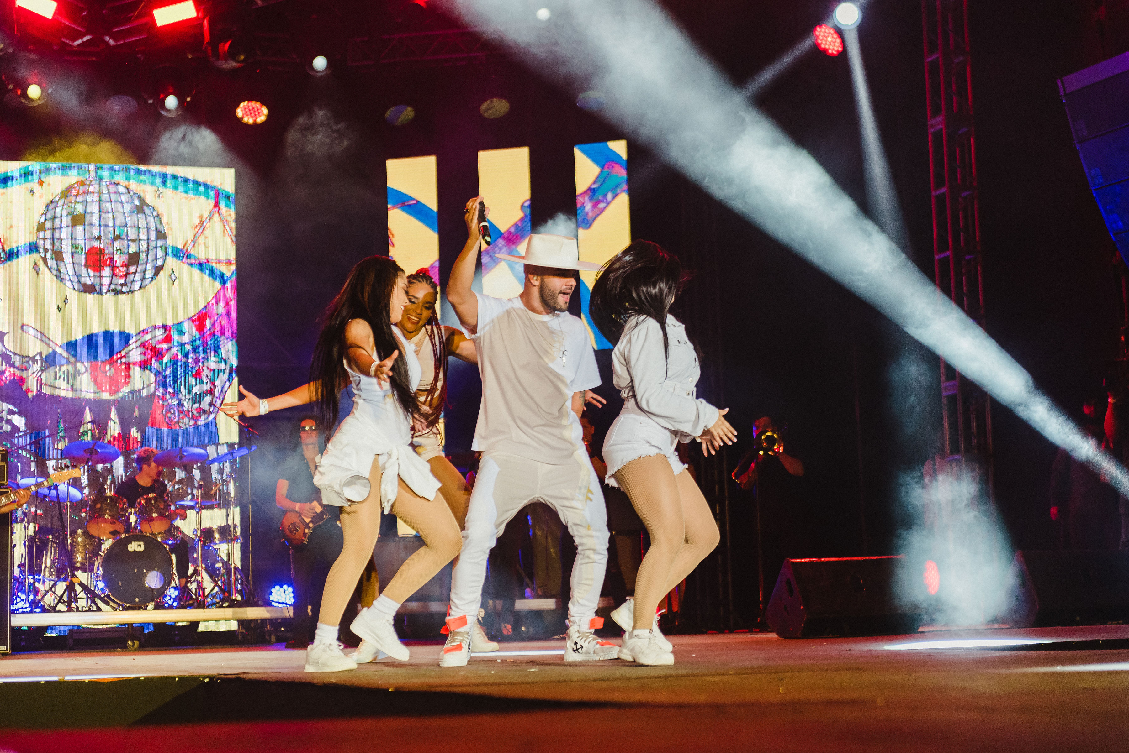 Más de 30 artistas en escena en la fiesta del Festival Heat