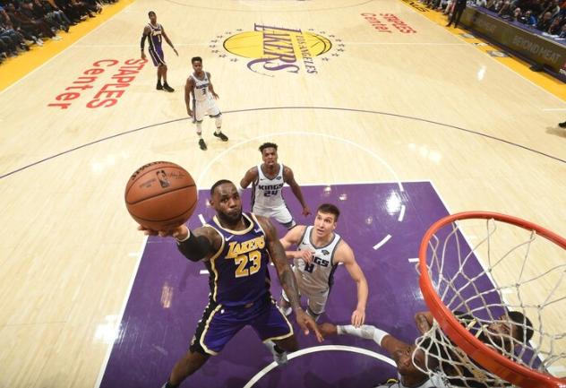 LeBron y Davis tras la estela del dúo Kobe-Shaq en los Lakers