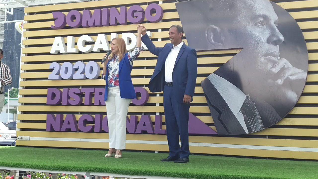 (Videos): Domingo Contreras dice no subestima a Carolina Mejía; afirma él ganará alcaldía