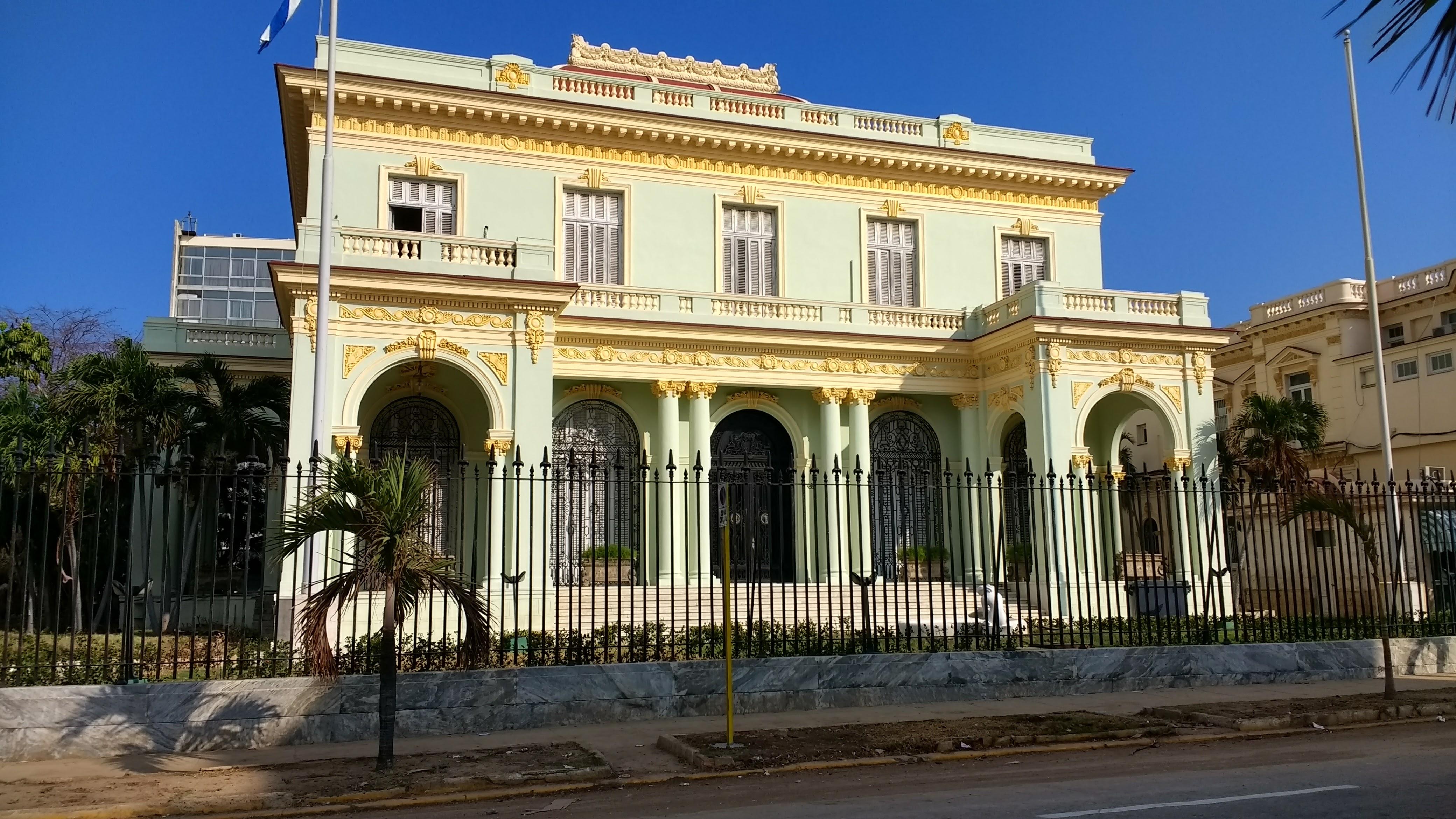 Cuba condena el terrorismo y la manipulación política