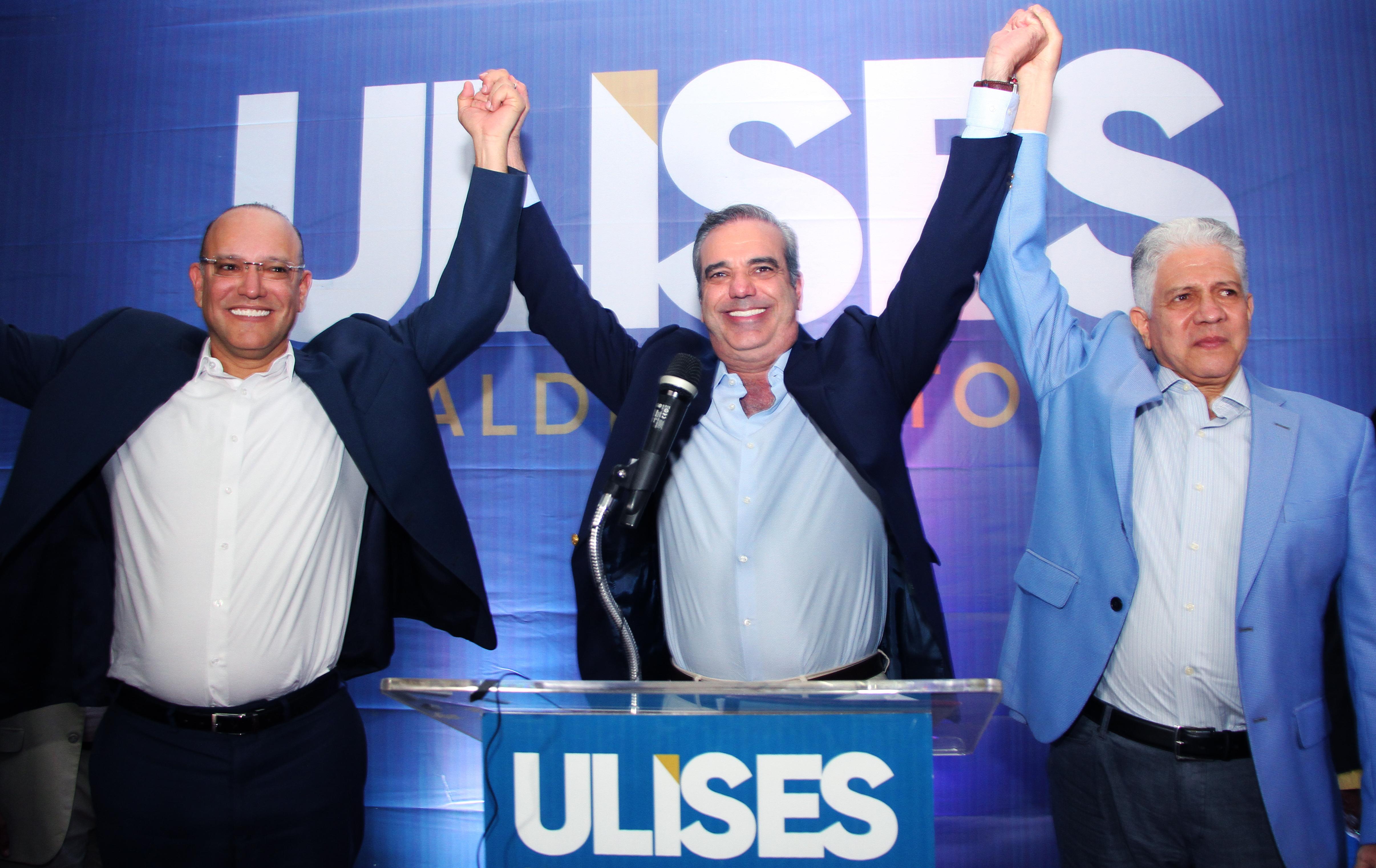 Abinader proclama a Ulises candidato a alcalde de Santiago