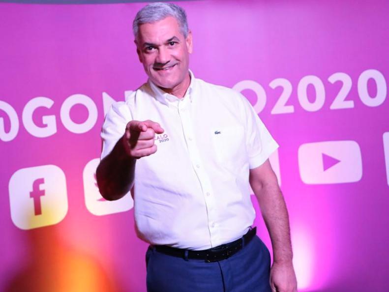 """Gonzalo Castillo lanza plataforma de diálogo ciudadano """"Escúchanos"""""""