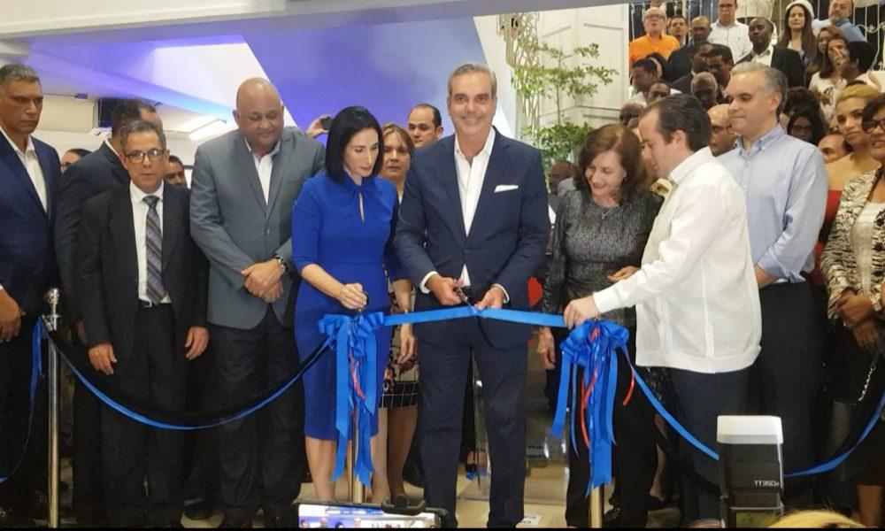 (Video): Abinader rechaza la venta de Punta Catalina; inaugura nuevo local de campaña