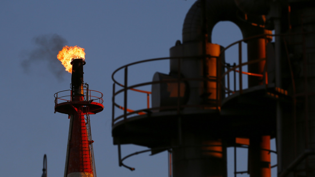 El crudo Brent cae a menos de 50 dólares por barril por primera vez desde diciembre de 2018