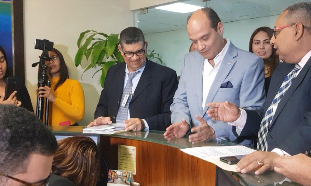 Ramfis deposita instancia ante el TSE que busca anular resolución de la JCE que rechaza su candidatura