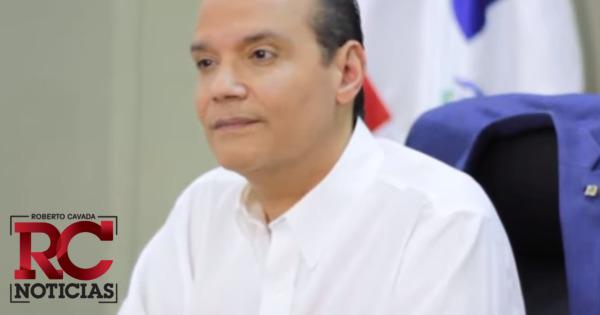 """Ramfis Trujillo califica de """"ridiculez"""" que un presidente viaje en vuelos comerciales"""