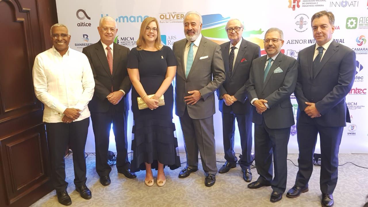 Premio Nacional a la Calidad del Sector Privado galardona empresas sobresalen como modelos de gestión y excelencia