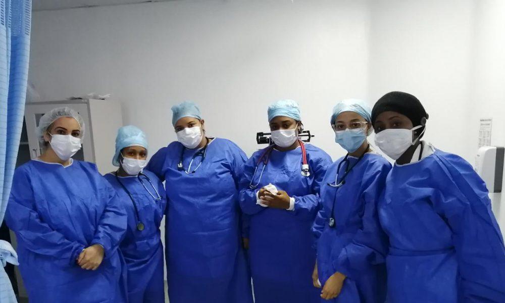 Moscoso Puello niega que personal de salud trabaje sin protección