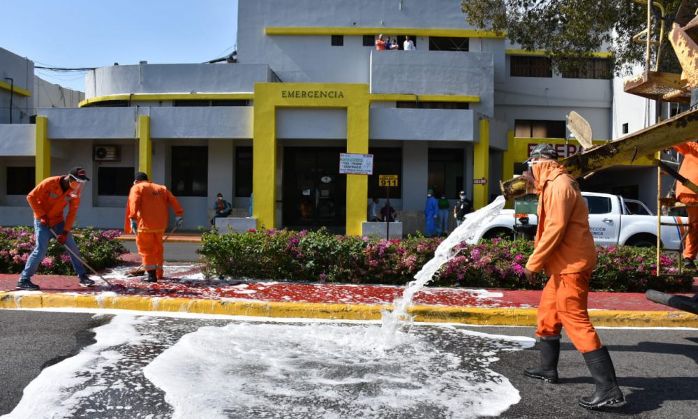 MOPC interviene salas de emergencias de 14 centros de sanidad  en el Morería Doméstico, para neutralizar generalización del coronavirus