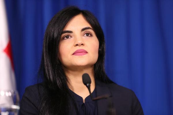 Gobierno destituye funcionarios del INAIPI por escándalo de corrupción en compras; directora renuncia