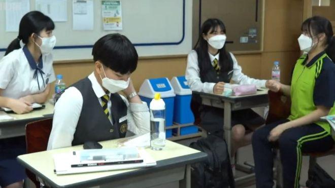 Coronavirus | Corea del Sur cierra cientos de escuelas recién abiertas tras nuevos brotes de covid-19