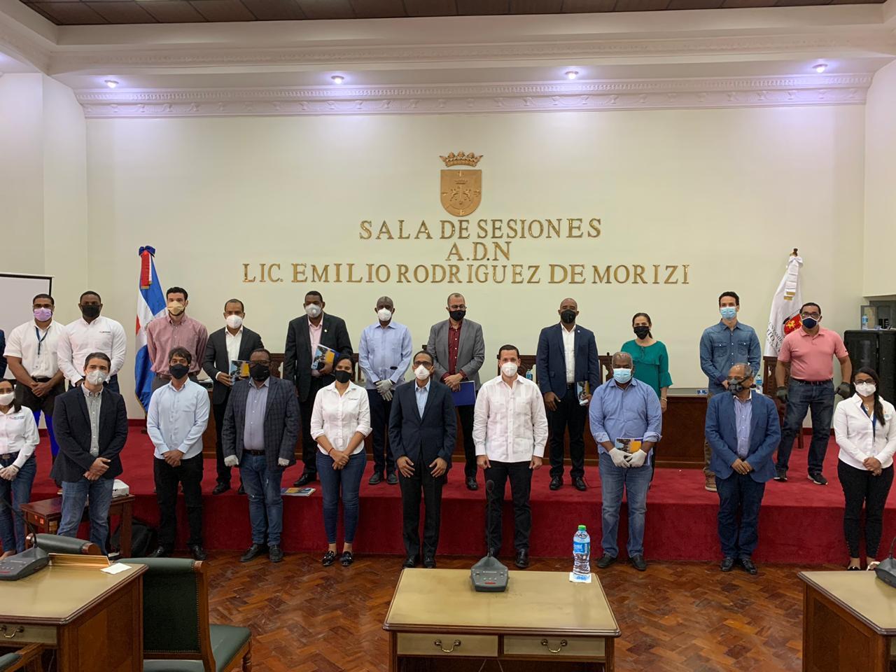 INTRANT y Alcaldía explican al Concejo de Regidores proyecto para mejorar movilidad en polígono central ampliado del D.N.