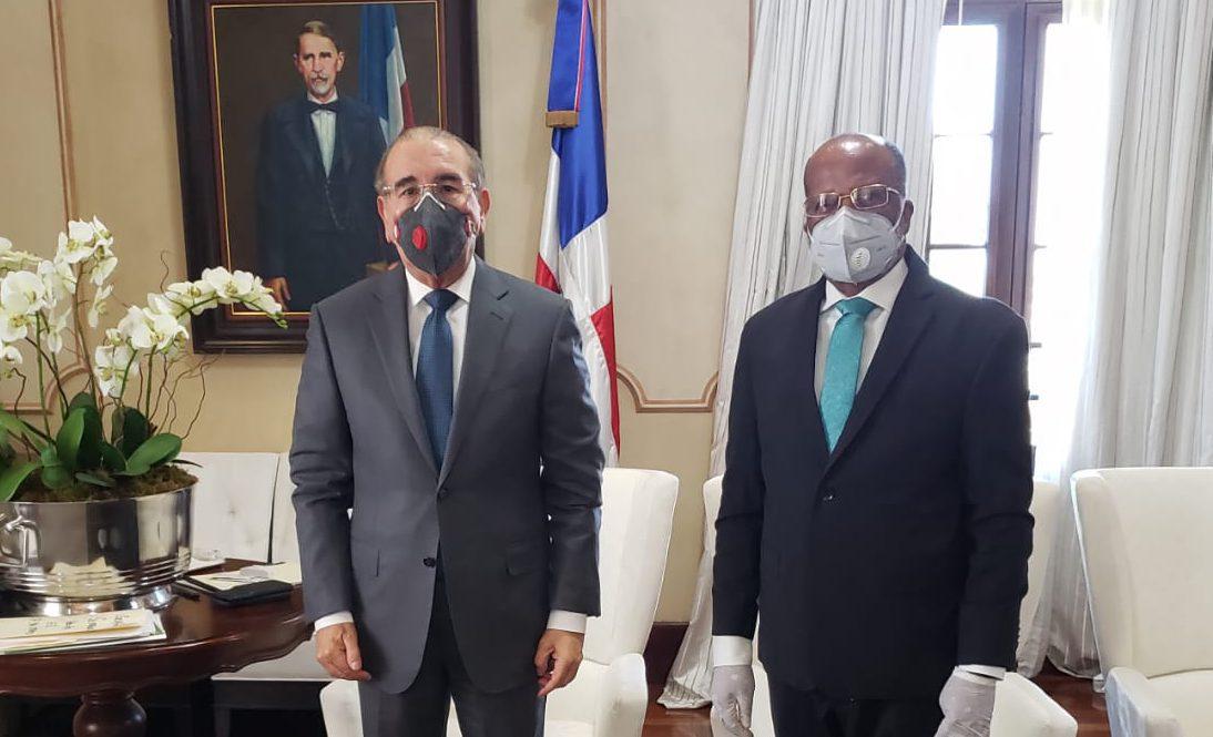 Director de la OMSA se reúne con presidente Medina, tratan entrada en operación del transporte