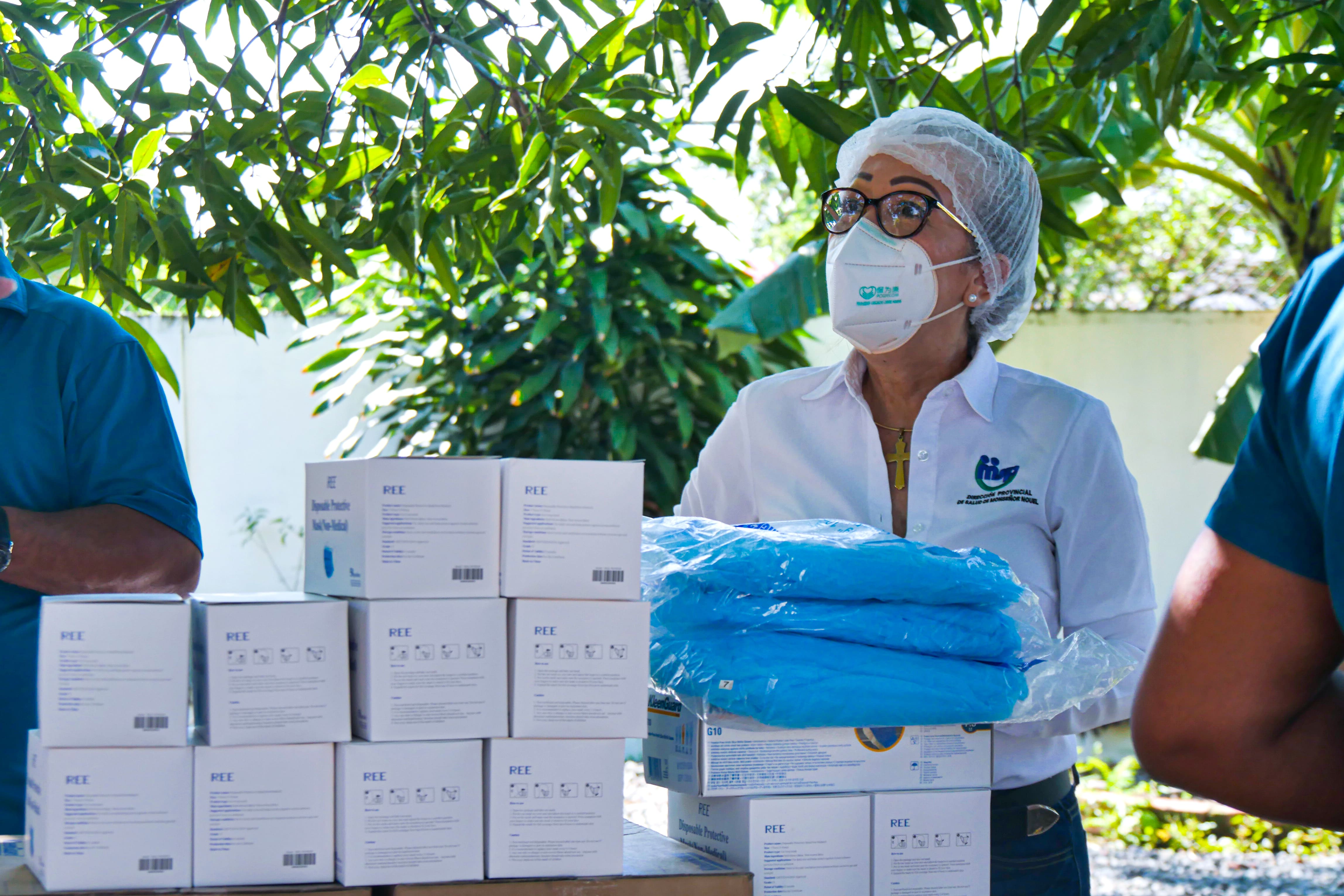 FALCONDO dona insumos de protección ante crisis sanitaria por COVID-19