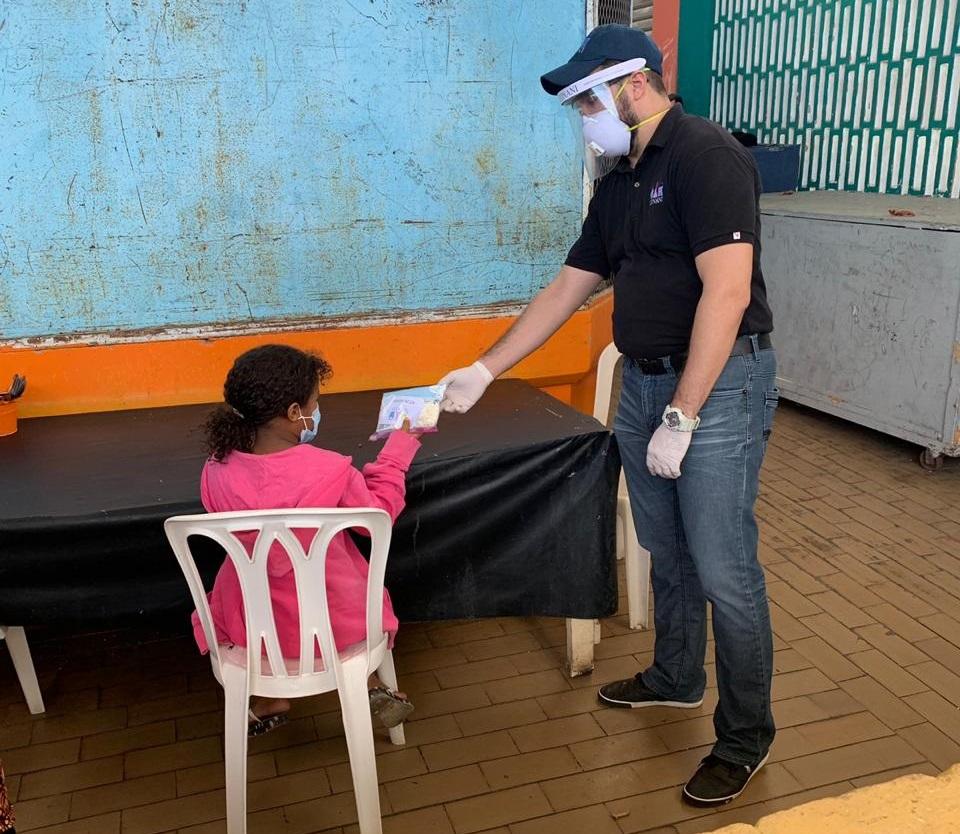 Alcaldía Santiago y CONANI realizan primer operativo de entrega insumos de protección a niños/as y adolescentes por COVID-19