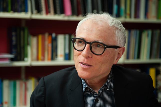 """Michael Baker, asesor científico de Nueva Zelanda: """"El mundo occidental no ha perseguido la eliminación del virus"""""""