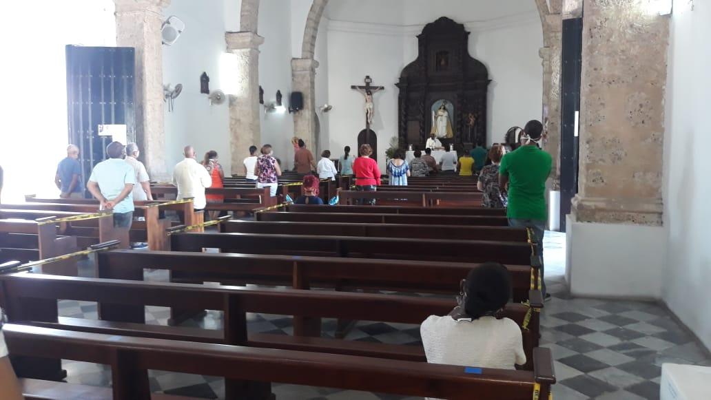 Video   Católicos celebran Corpus Christi bajo medidas de distanciamiento