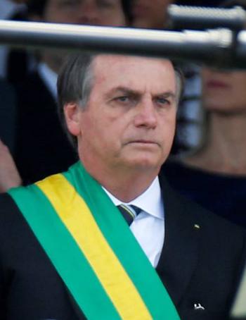 The New York Times: Bolsonaro podría dar un autogolpe e imponer una dictadura militar en Brasil para mantener el poder
