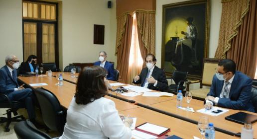 Consejo Nacional de Alianzas Público-Privadas revisa borrador reglamento de Ley 47-20 para someter a consulta pública