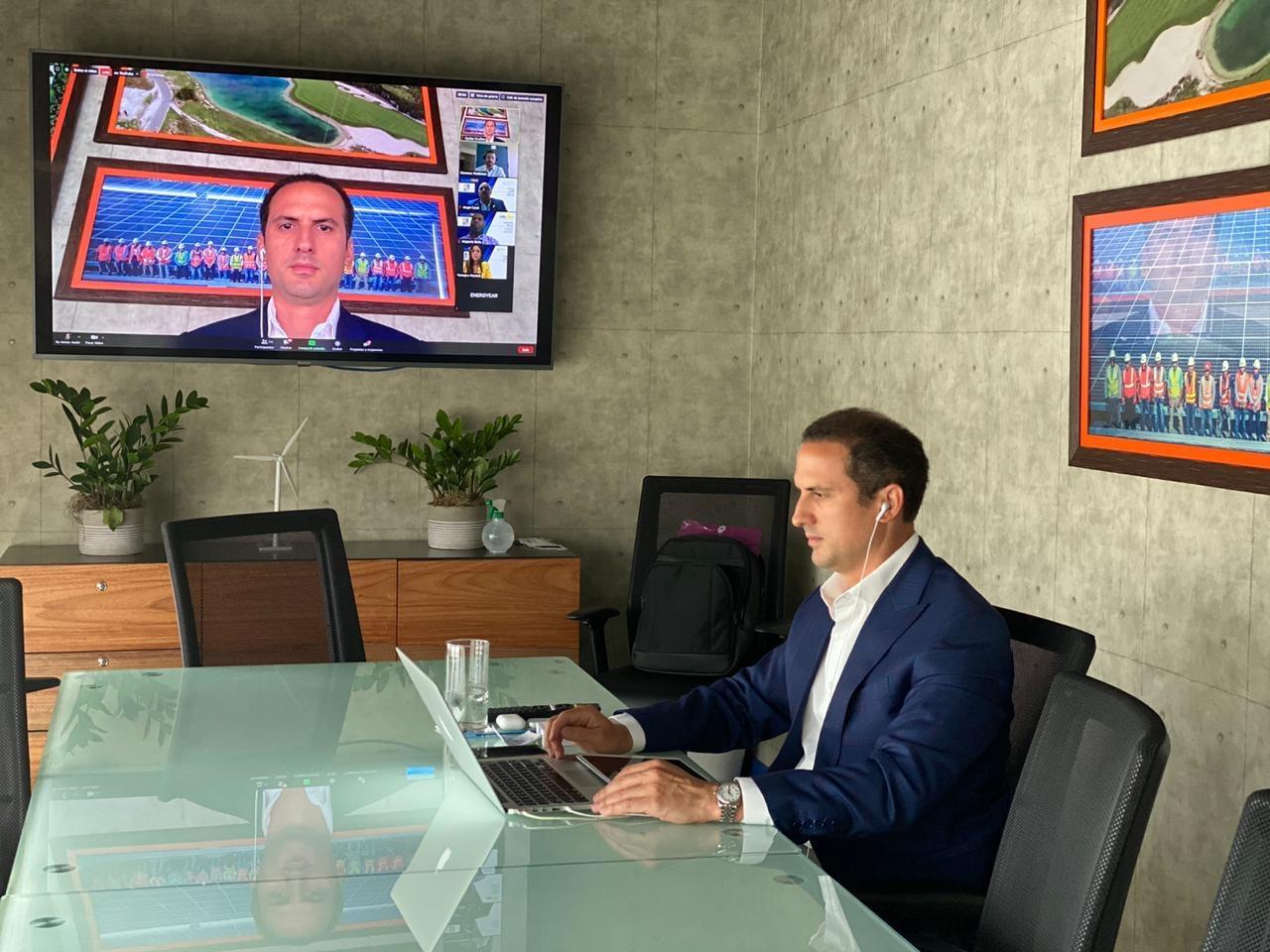 """Carlos Grullón: """"Energías renovables garantizan empleos y reducción de carbono en reinicio económico"""""""