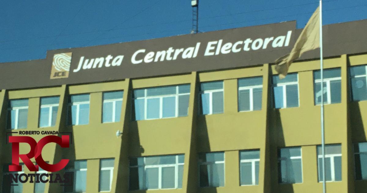 JCE solicita reporte final de gastos de campaña a candidatos presidenciales