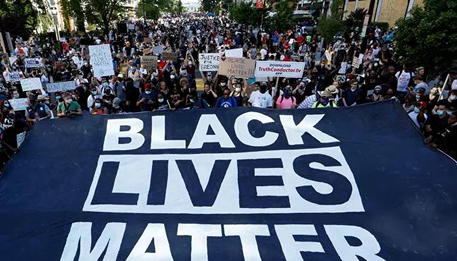 La mayor jornada de movilizaciones pide cambios contra el racismo en EEUU