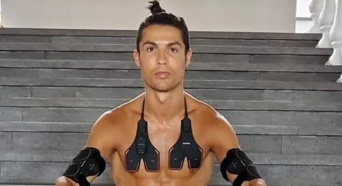 Ronaldo gana más dinero fuera del césped que en la Juventus