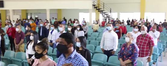 Video | Senador Félix Nova entrega 248 ayudas universitarias a estudiantes de la UNAD