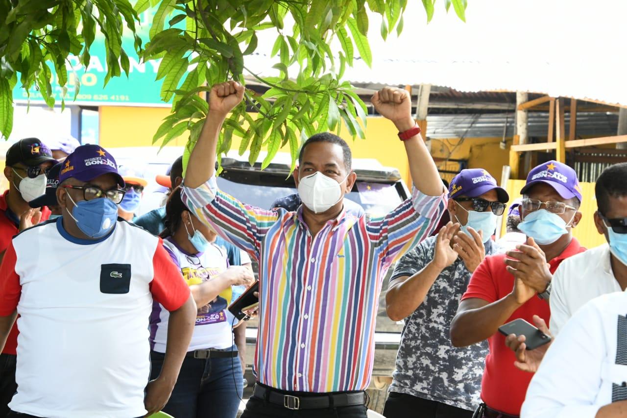 Destacan soluciones que senador Valentín ha canalizado para Cienfuegos