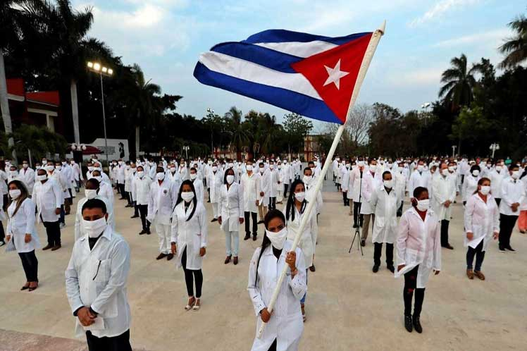 Dominicanos apoyan Nobel de Paz para brigadas médicas de Cuba