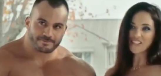 Una campaña del gobierno de Nueva Zelanda se viralizó por la aparición de actores porno desnudos