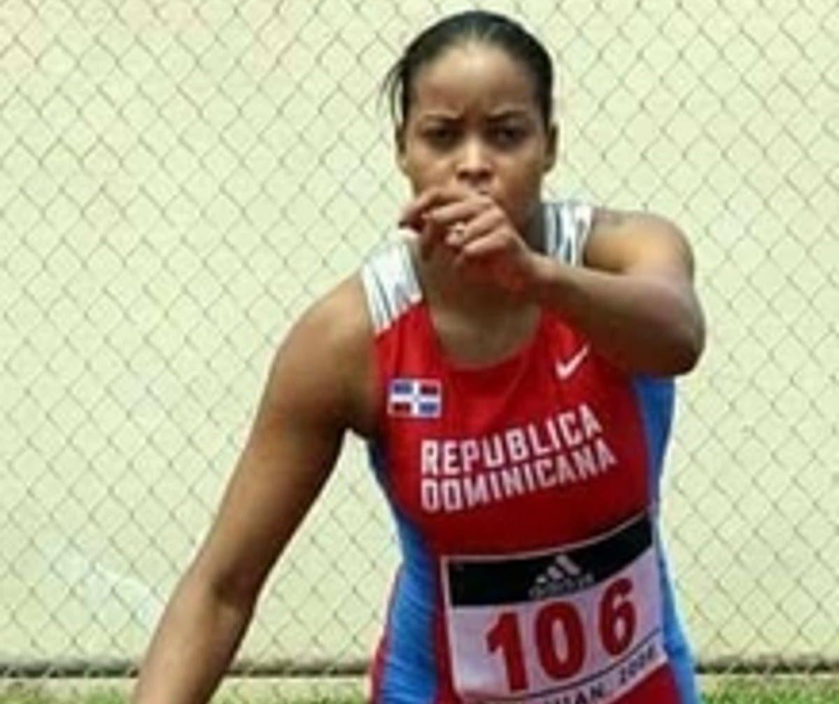 Ex atleta Juana Castillo cumplirá prisión domiciliaria por asesinato de su pareja