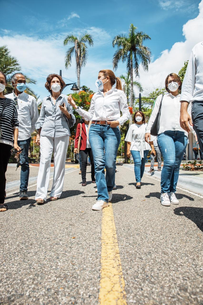 Video | Alcaldesa Carolina Mejía realiza encuentro con Junta de Vecinos sobre Plan de recuperación botánica del Parque Iberoamérica