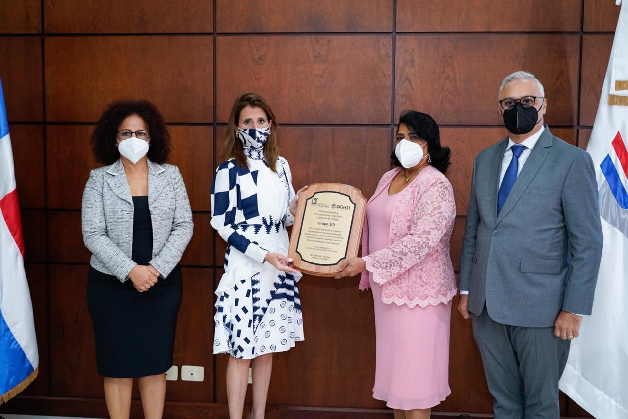 Grupo SID recibe reconocimiento del ministerio de Trabajo por excelencia en seguridad y salud